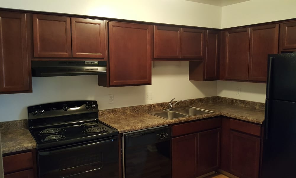 Beech Meadow Apartments showcase a well equipped kitchen in Beech Grove