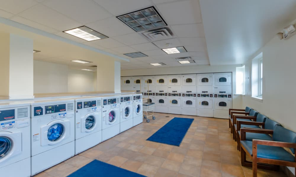 Laundry facility at Rochester Highlands