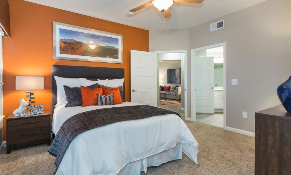 Luxury bedroom at Retreat at Cheyenne Mountain Apartments in Colorado Springs, Colorado