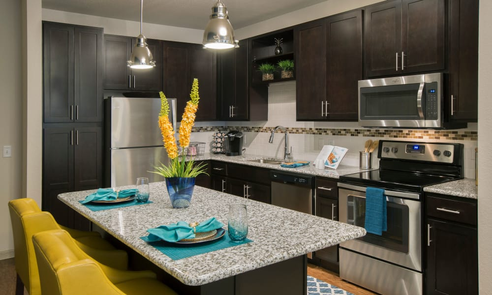Sands Parc offers a fully equipped modern kitchen in Daytona Beach, Florida