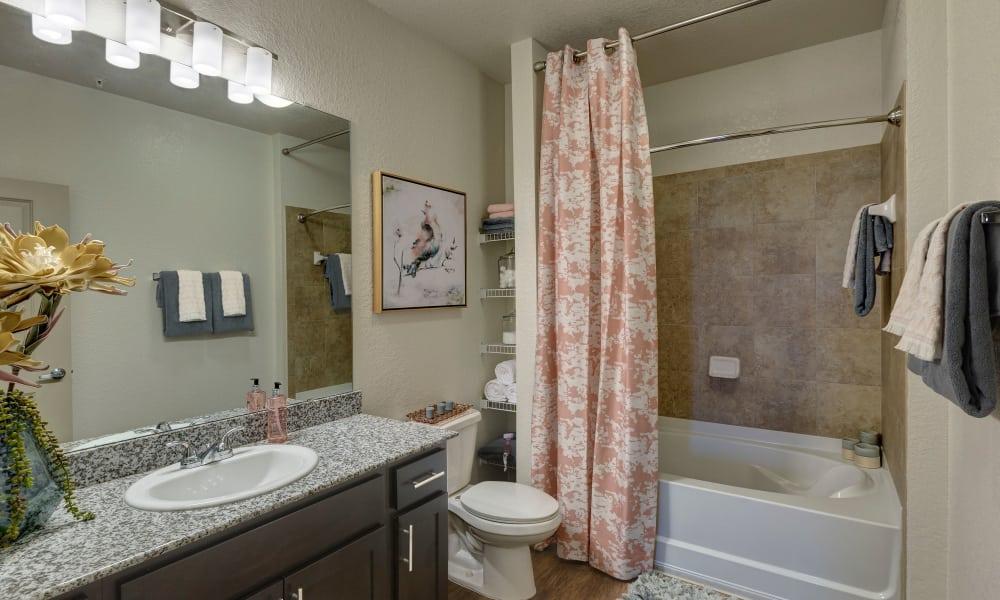 Sands Parc offers a bathroom in Daytona Beach, Florida