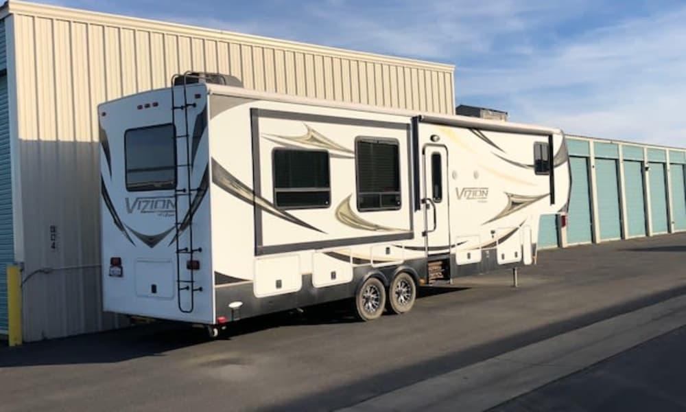 Terminous RV & Boat Storage offers RV Storage in Lodi, California