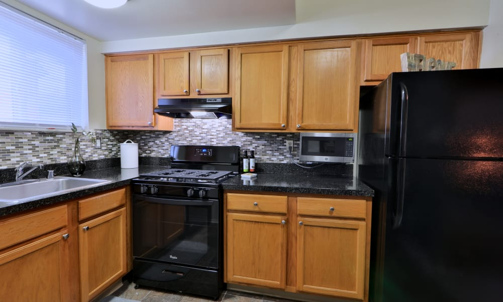 Modern Kitchen at Taylor Park Apartment Homes in Nottingham, MD