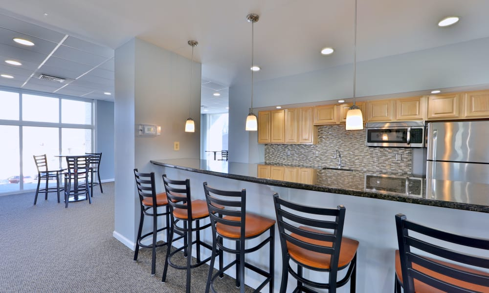 Clubhouse's kitchen bar at Henson Creek Apartment Homes
