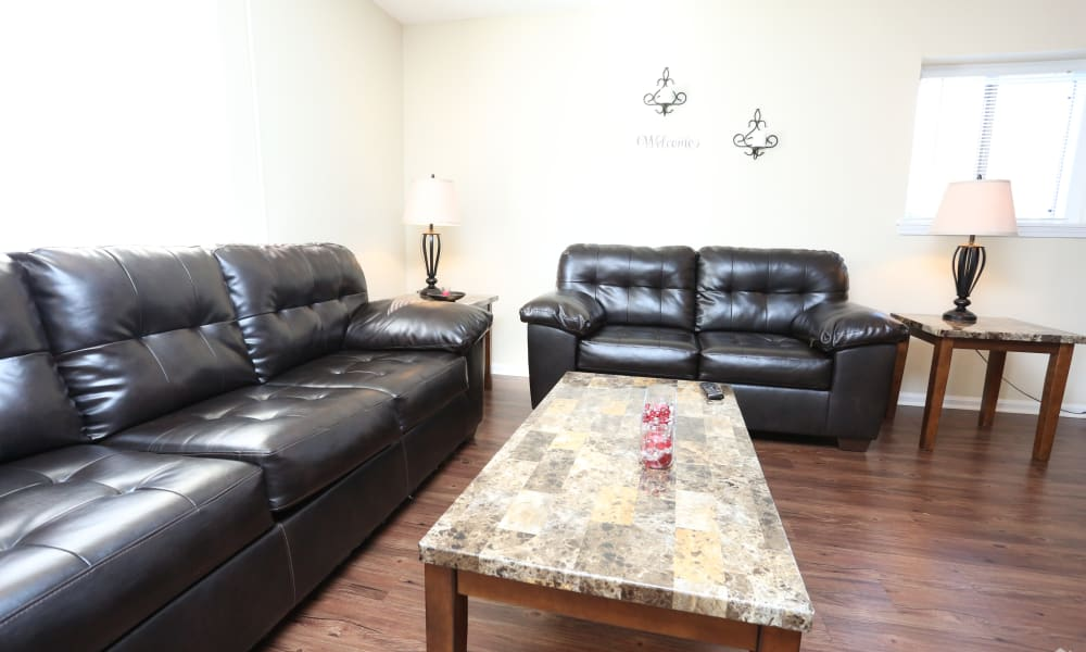 Victoria Gardens Apartments offers a beautiful living room in Louisville, Kentucky