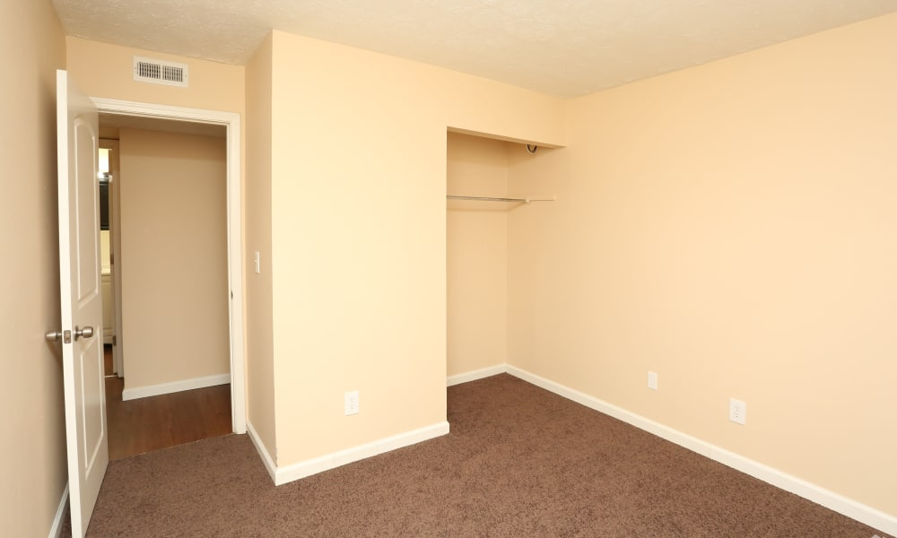 King Henry Apartments offers a bedroom with spacious closet in Lexington, Kentucky