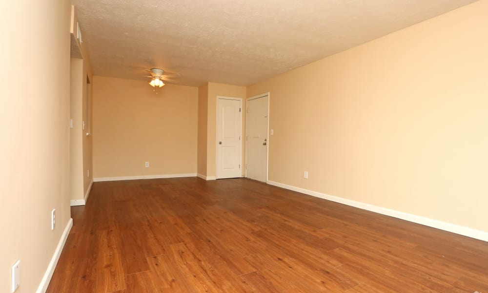 Hardwood flooring interior at King Henry Apartments in Lexington, Kentucky