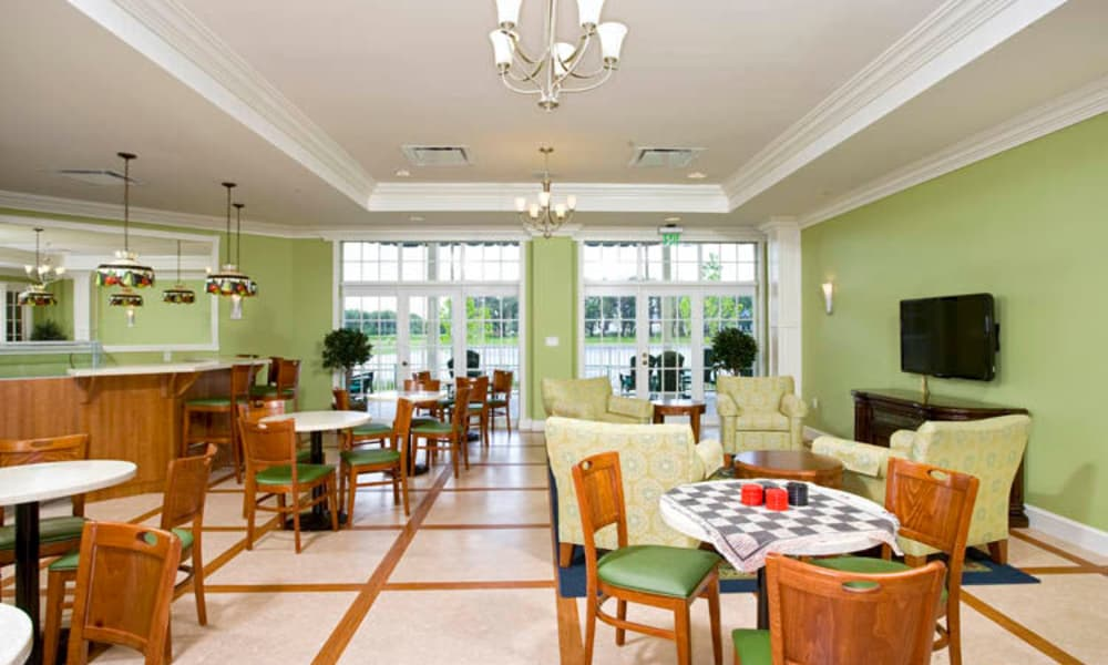 Family dining room at Arbor Oaks at Lakeland Hills