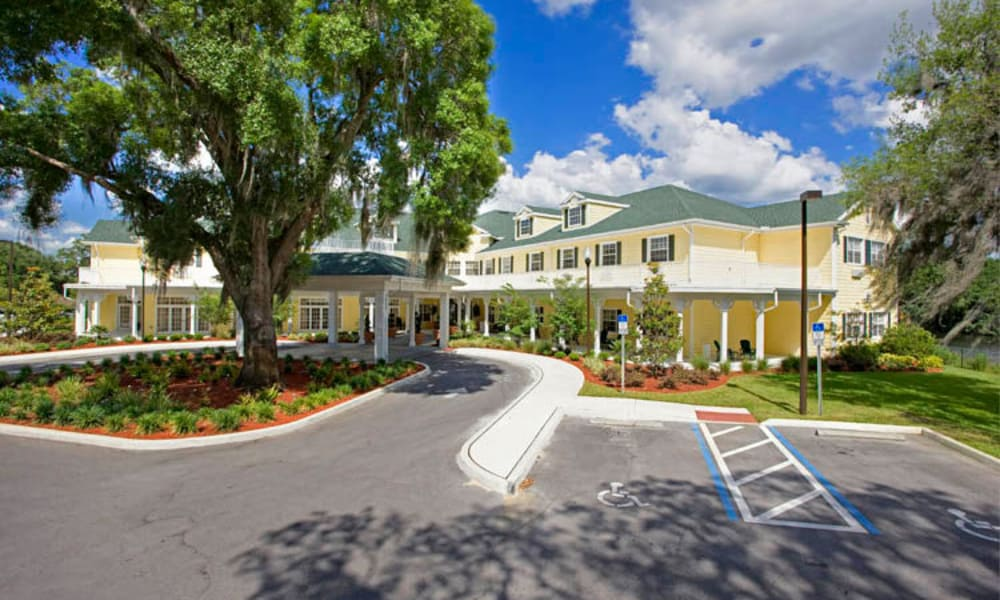Exterior view of our building at Arbor Oaks at Lakeland Hills in Lakeland, FL