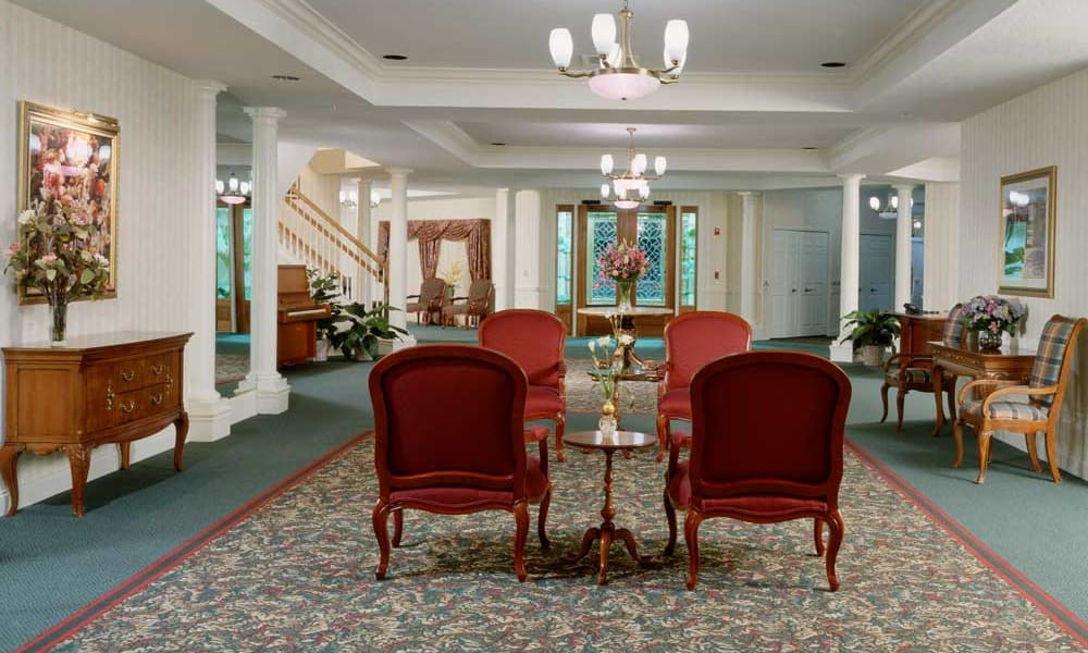 Beautiful living room at Arbor Oaks at Tyrone in St. Petersburg, Florida