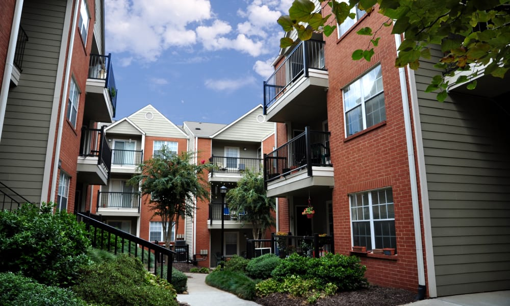Exterior view of the Brookwood Valley apartments for rent in Atlanta