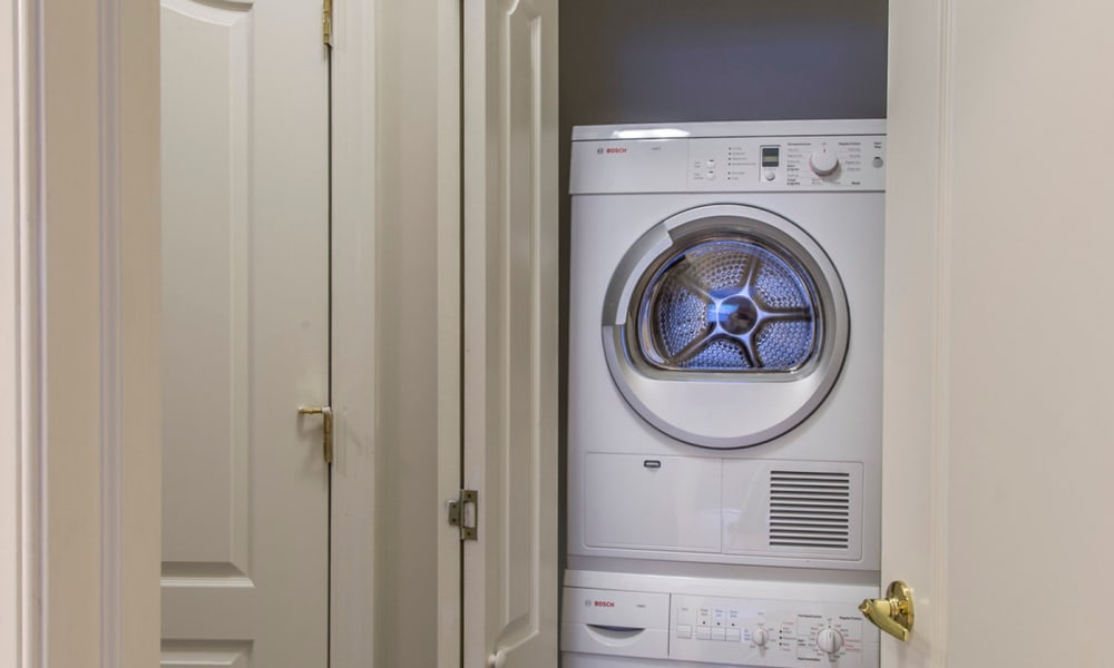 Washer and dryer at The Cove at Riverwinds apartments