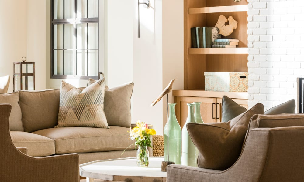 The Heyward offers a living room in Charleston, South Carolina