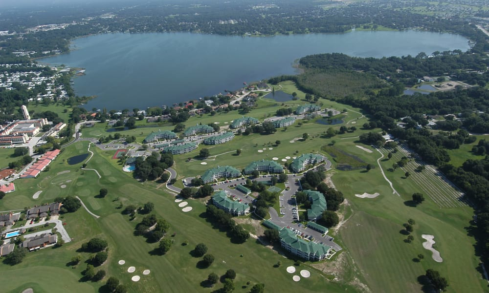 Aerial view of the Audubon Oaks grounds in Lakeland, Florida