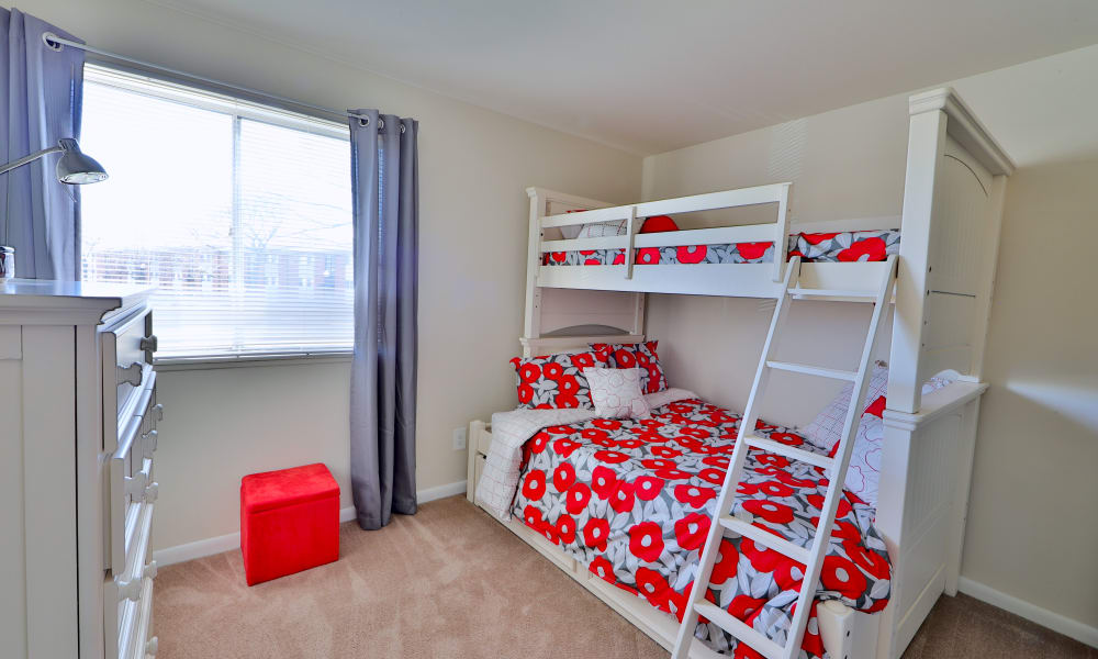 Enjoy apartments with a modern bedroom at Charlesmont Apartment Homes