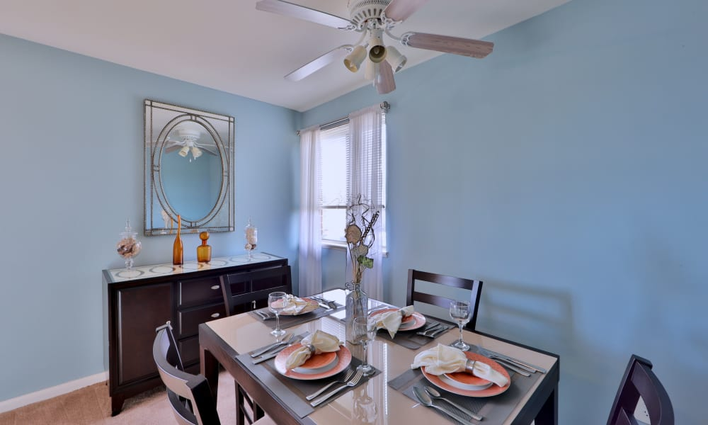 Beautiful dining table at Charlesmont Apartment Homes in Dundalk, Maryland