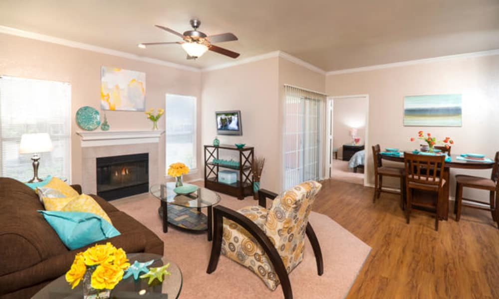 Dining and living room at Rancho Palisades in Dallas, TX