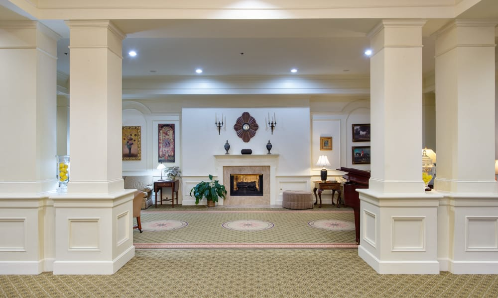 Main lobby at Azalea Estates of Fayetteville