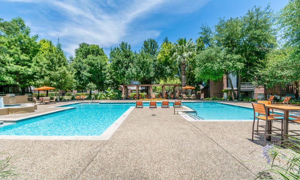 Resort style pool at Manor at Castle Hills in San Antonio