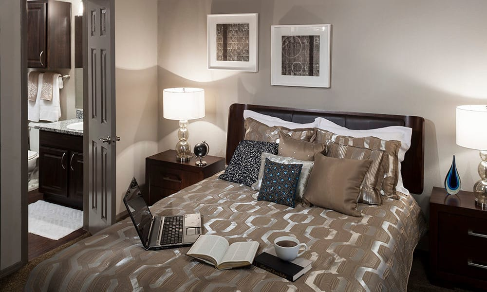 Guest bedroom at Hyde Park at Montfort in Dallas