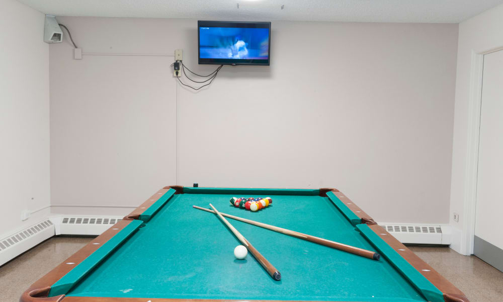 Billiards room at Calgary Place Apartments in Calgary