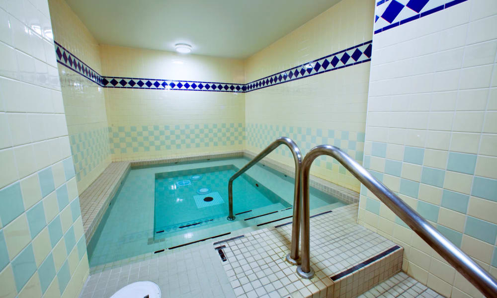 Hot tub at Widdicombe Place in Etobicoke