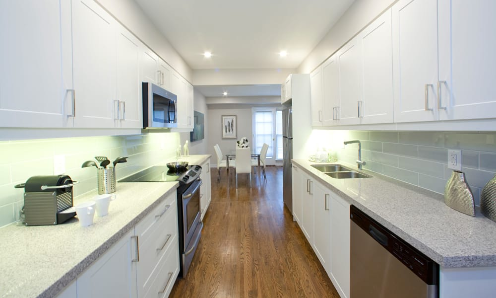 Beautiful bright kitchen at Lion's Gate in Etobicoke
