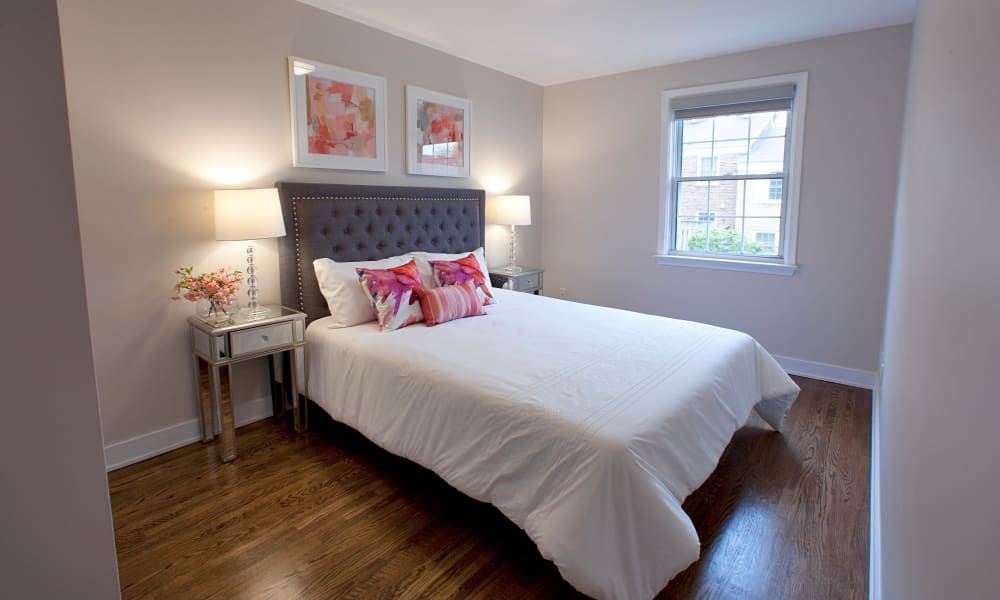 Guest bedroom at Lion's Gate in Etobicoke, Ontario