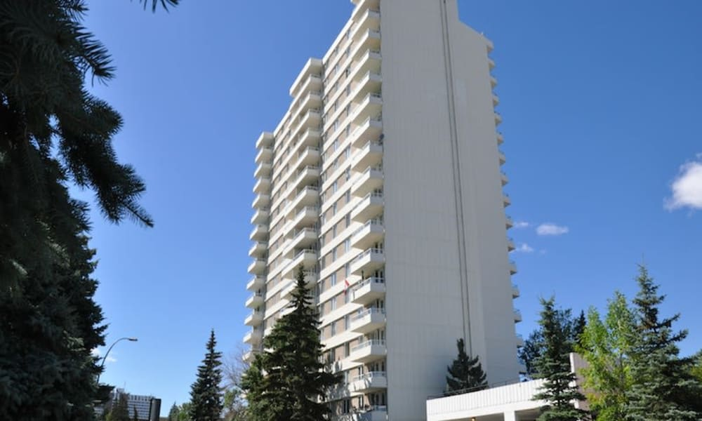 Exterior view of Glenmore Heights apartments in Calgary, Alberta