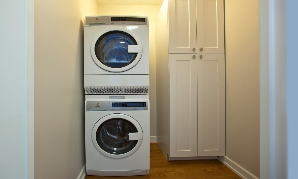 Laundry room at Bristol Court in Mississauga, Ontario