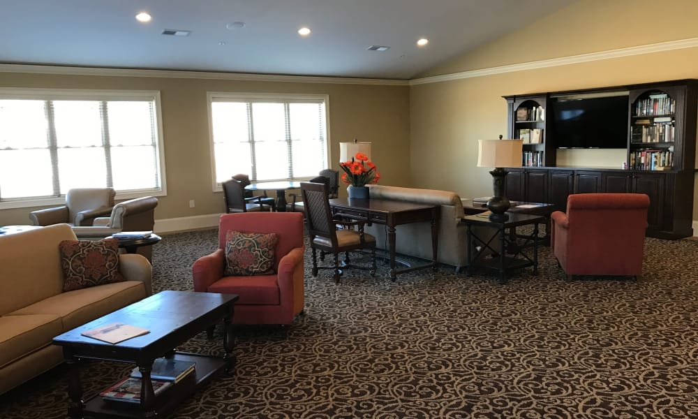 Common area at the The Phoenix at Lake Lanier community