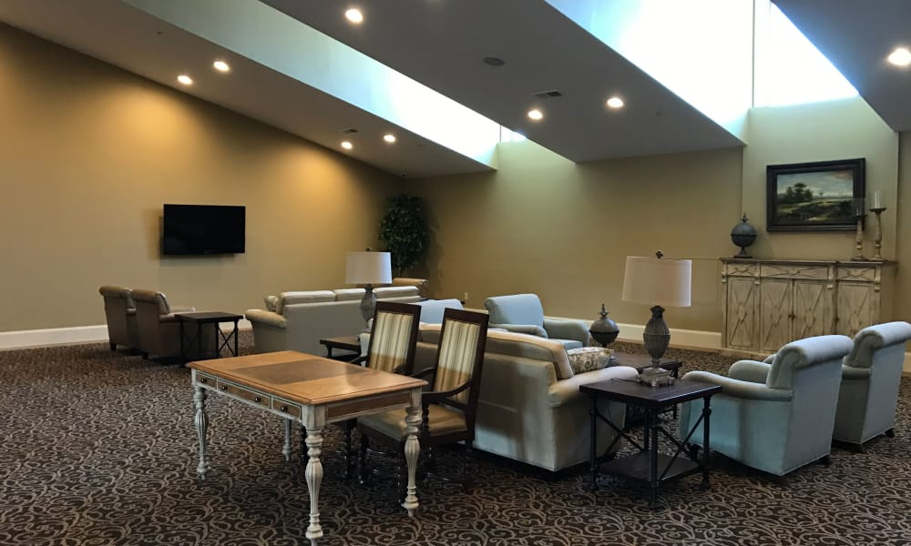 Community living space at The Phoenix at Lake Lanier in Gainesville, GA