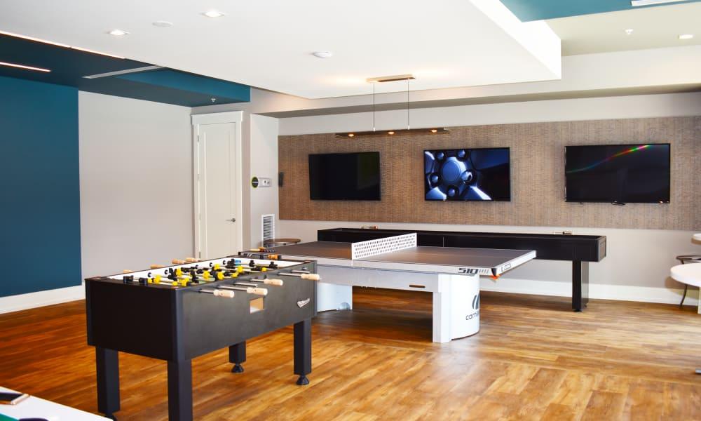 Game room at Solstice Signature Apartment Homes in Orlando, Florida