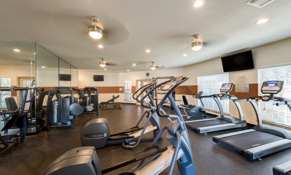 Fitness center at The Paramount in Houston, Texas