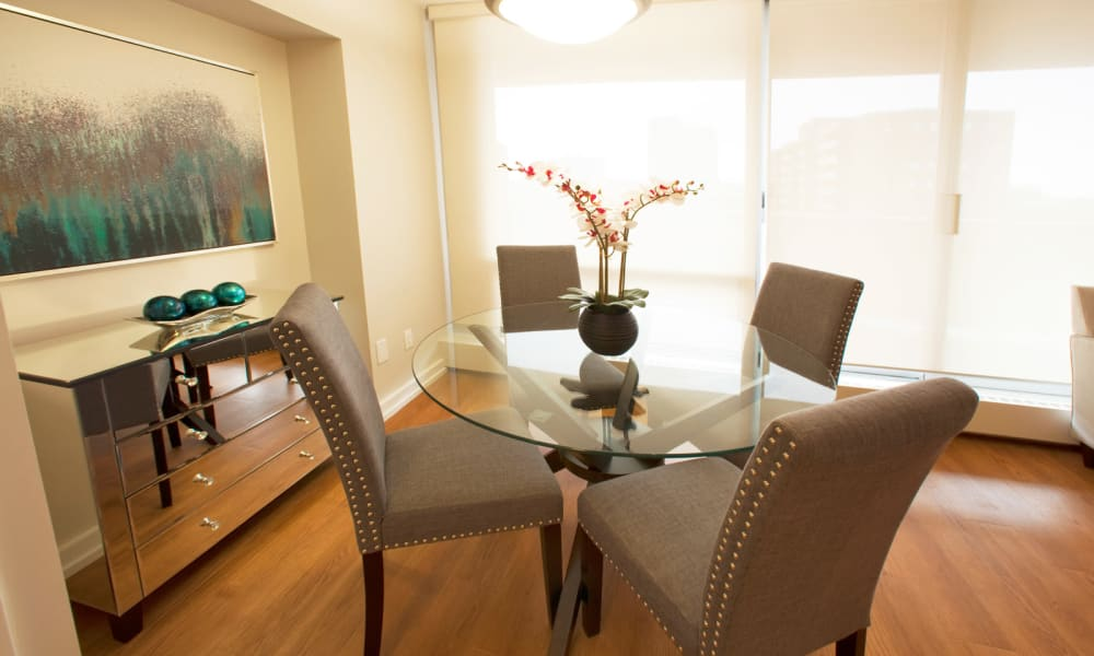 Dining area at Richmond Hill Apartments in Richmond Hill, Ontario