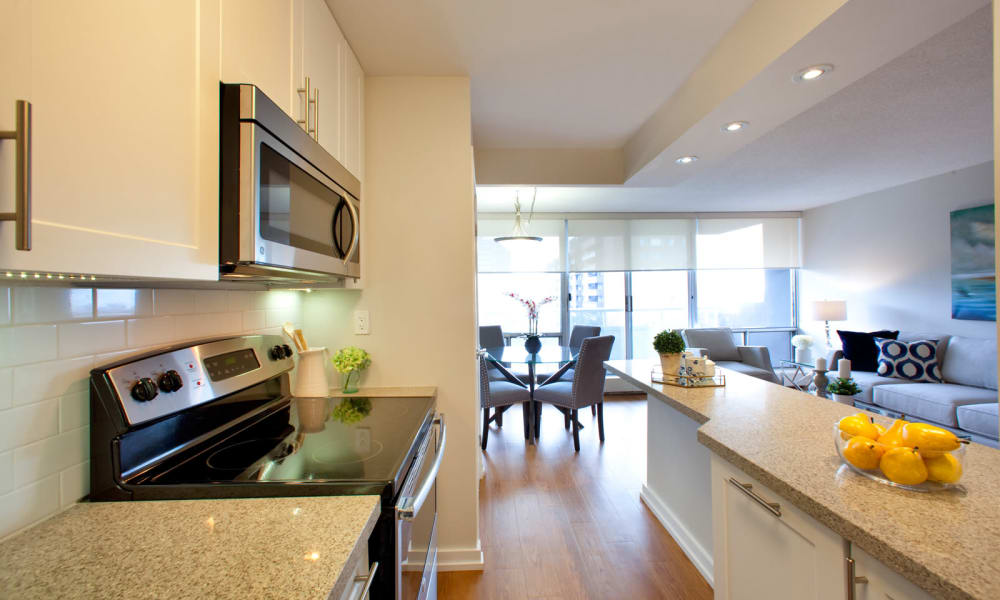 Fully-equipped kitchen at Richmond Hill Apartments in Richmond Hill, Ontario