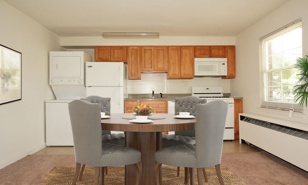 Kitchen & Dinign Area at Apartments in Springfield, New Jersey