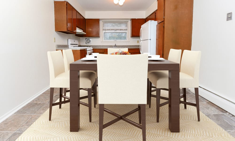 Dining Room at Lakeview Terrace Apartment Homes in Eatontown, New Jersey