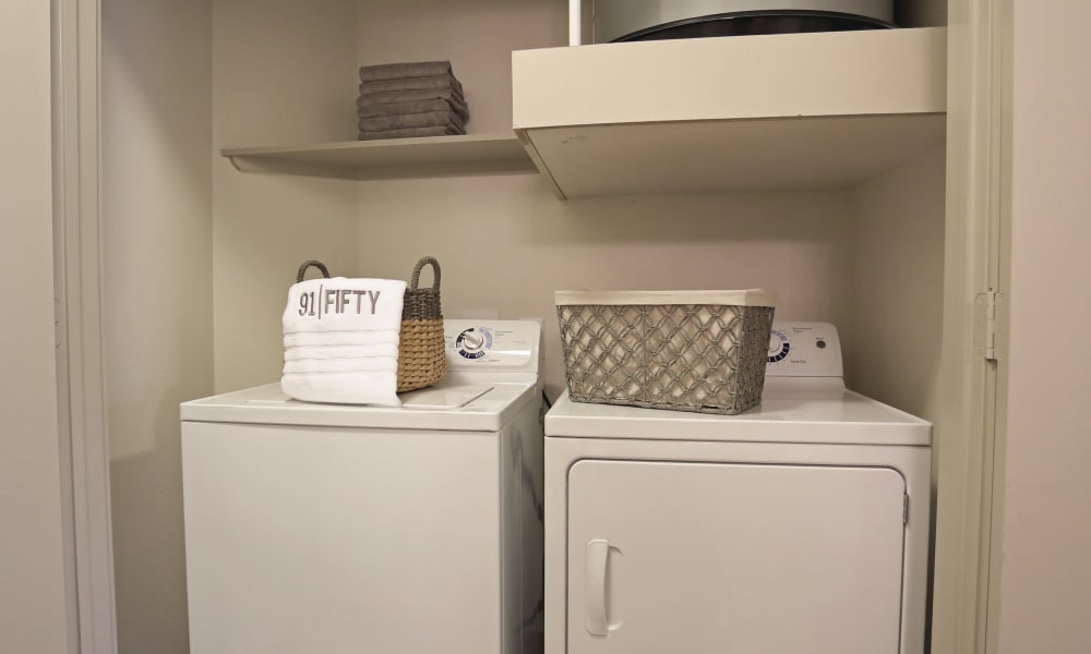 Washer and dryer at 91 Fifty in Houston, Texas