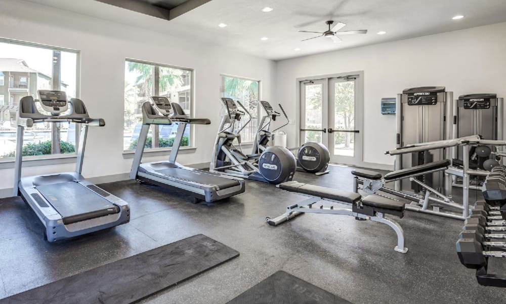 Fitness center at Azul Apartment Homes in San Antonio, Texas