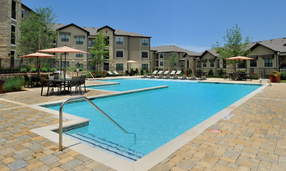 Swimming pool at Cordevalle Apartments in Round Rock, Texas