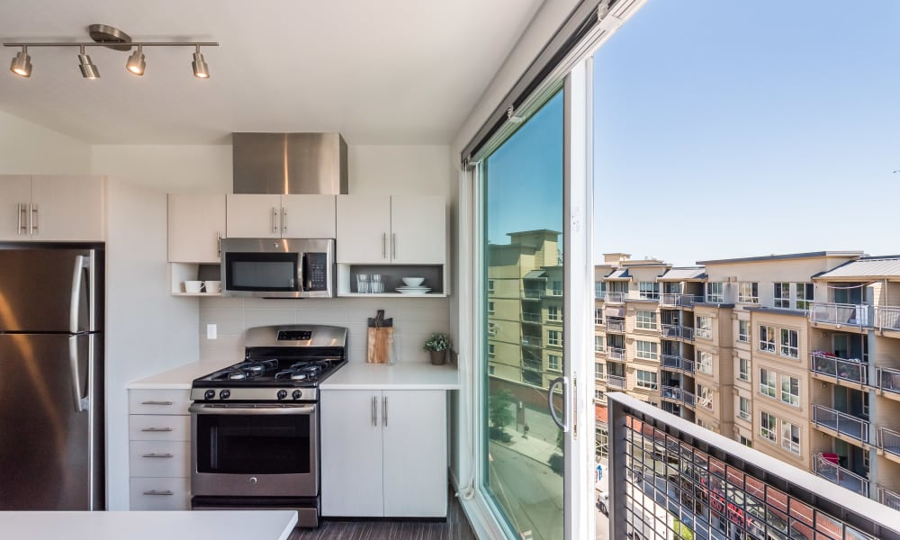 Bright large kitchen windows at Session Apartments in Seattle