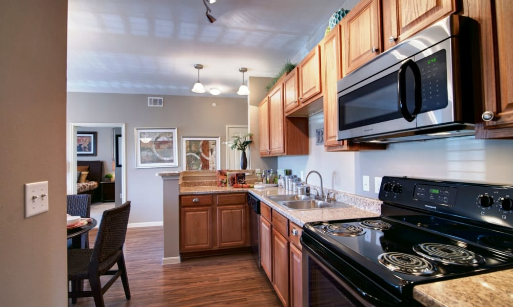 Riverside Villas offers a fully equipped kitchen in Fort Worth, Texas
