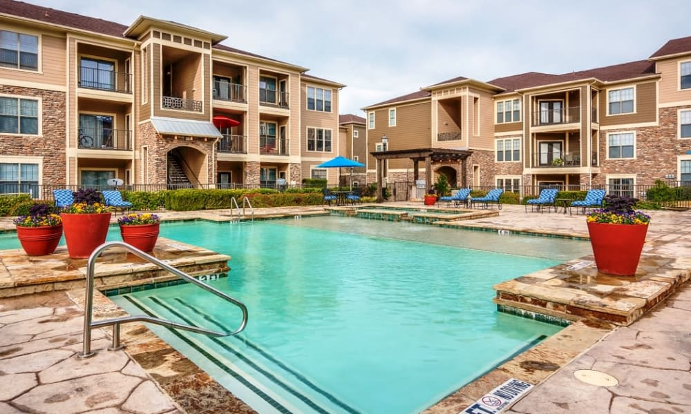Swimming pool at Riverside Villas in Fort Worth, Texas
