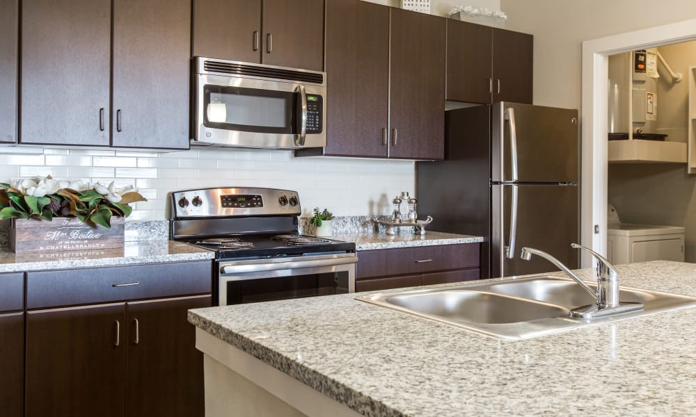 Estates at Bee Cave offers a fully equipped kitchen in Bee Cave, Texas