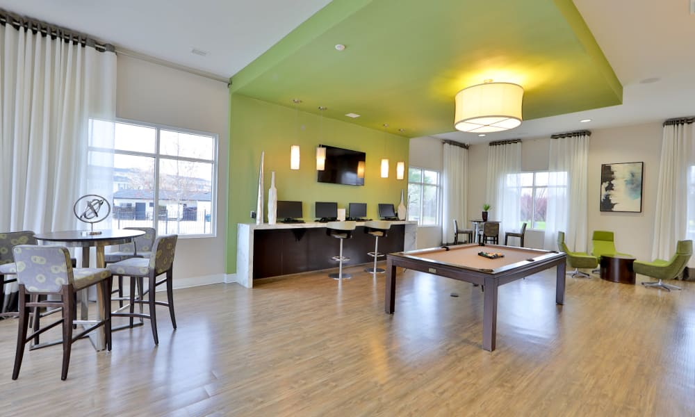 Common area at The Townhomes at Diamond Ridge in Baltimore, MD