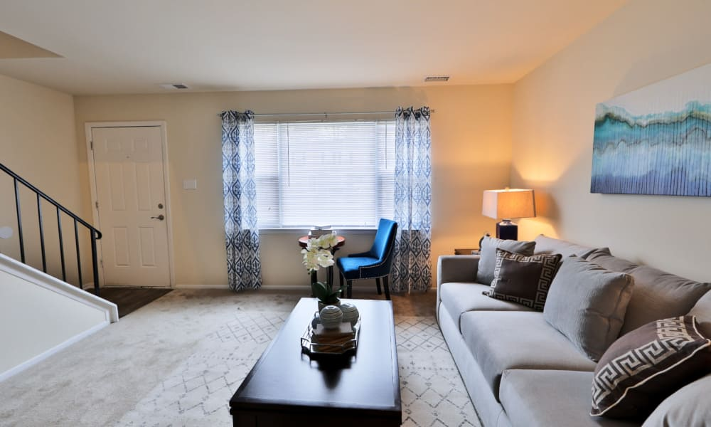 Spacious entry way at The Townhomes at Diamond Ridge in Baltimore, MD