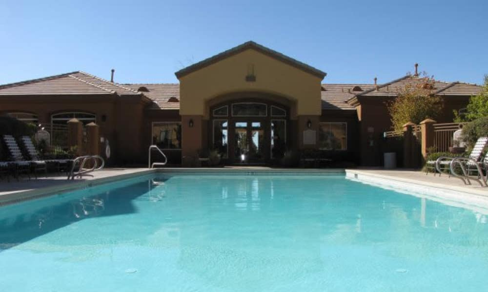 Swimming pool at Broadstone Heights in Albuquerque, New Mexico