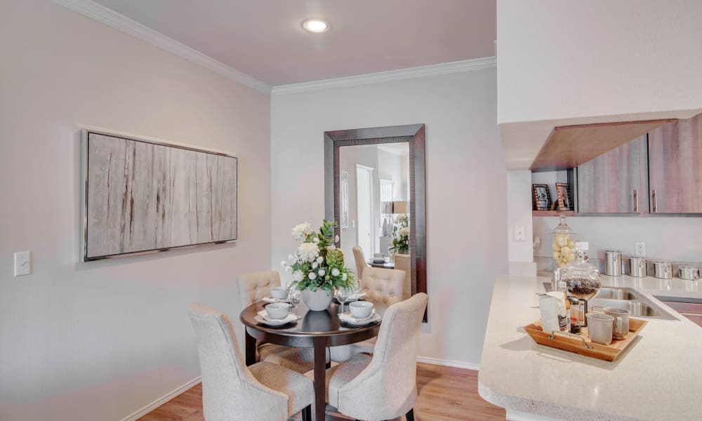 Dining table at Thornbury Apartments in Houston, Texas