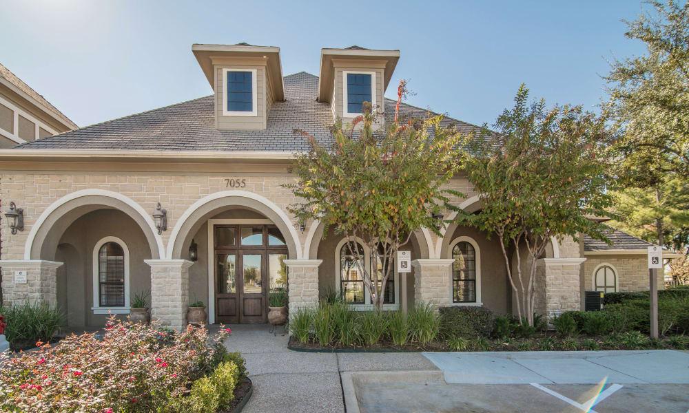 Clubhouse exterior view at Thornbury Apartments in Houston, Texas